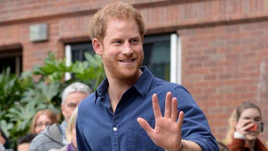 el-principe-harry-y-su-inesperada-amistad-con-un-famoso-actor-de-hollywood
