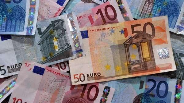 euro-hoy:-a-cuanto-cotiza-este-lunes-26-de-julio