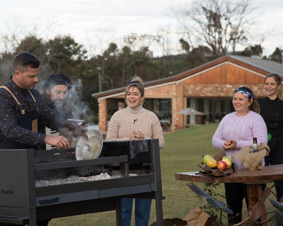 cocina-inmigrante-en-la-tv-publica,-de-la-mano-de-los-chefs-oberenos-maura-fuchs-y-juan-pablo-koch