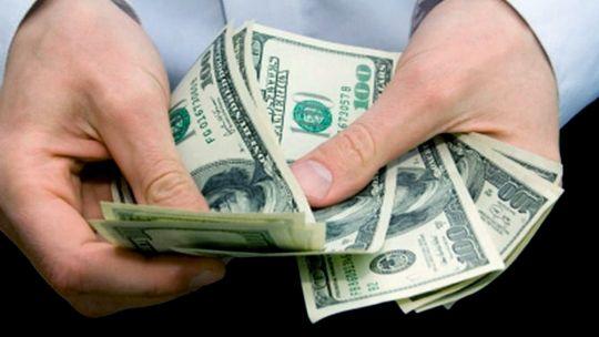 la-cotizacion-del-dolar-sigue-al-alza-en-la-previa-de-las-elecciones