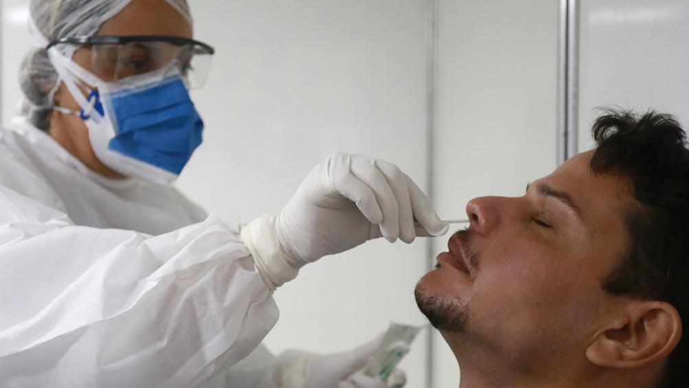 murieron-74-personas-y-se-registraron-1.490-contagios-de-coronavirus-en-el-pais
