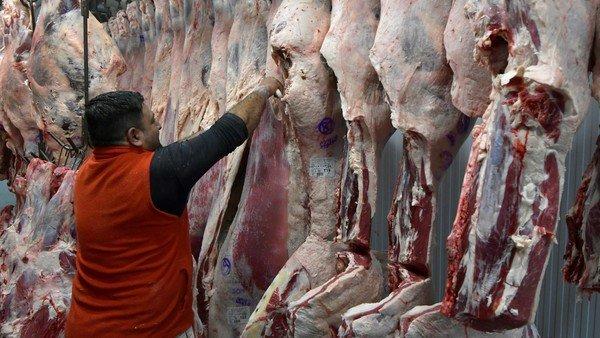pese-al-cepo,-el-consumo-de-carne-cayo-5%y-esta-en-un-piso-historico