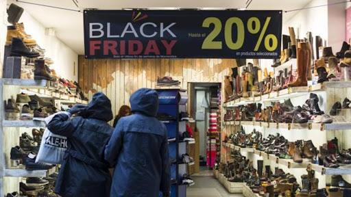 el-black-friday-de-apostoles-tuvo-buenas-ventas-potenciadas-por-la-cercania-con-el-dia-de-la-madre