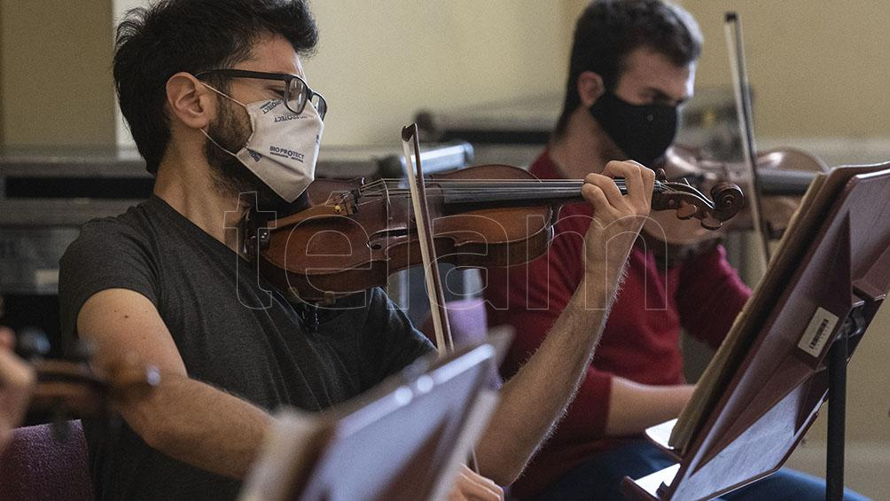 la-sinfonica-nacional-vuelve-a-sus-conciertos-presenciales-en-el-cck