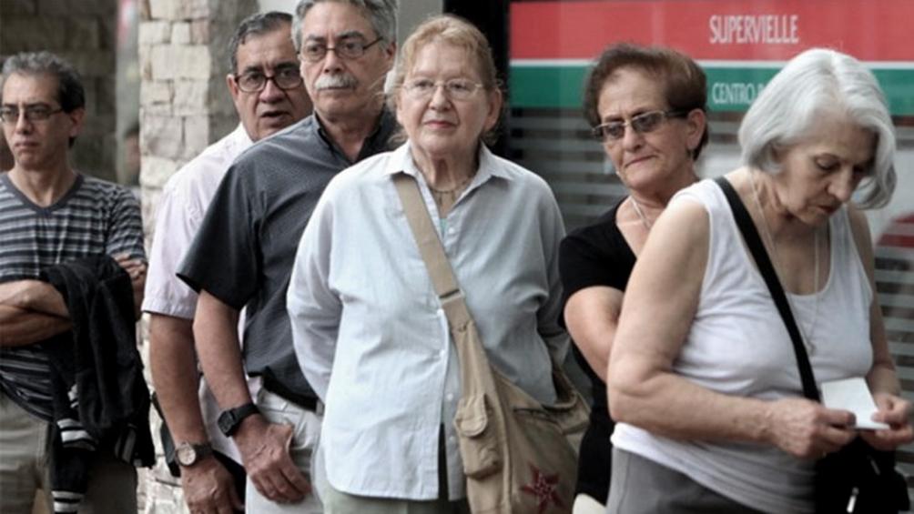 cobran-los-jubilados-y-pensionados-con-ingresos-hasta-$-29.135-y-dni-terminado-en-3