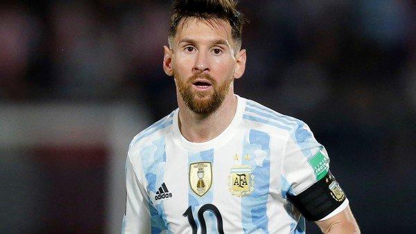 argentina-vs-peru,-por-las-eliminatorias-sudamericanas-qatar-2022:-horario,-formaciones,-tv-y-streaming